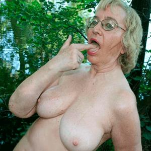 http://nacktefrauen.schoenefrauen.net/